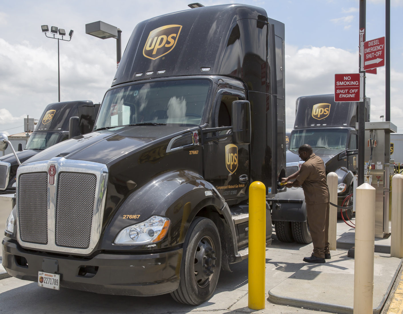 UPS Invests More Than $90 Million In Natural Gas Vehicles