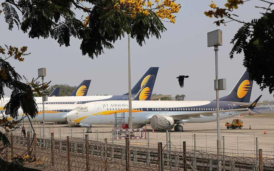 Billionaire Hinduja brothers weigh bid for India's Jet Airways